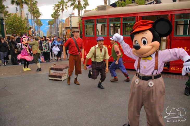 Minnie Mouse Joins Mickey Mouse in Red Car Trolley News Boys-23