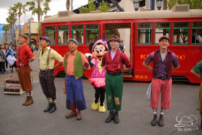 Minnie Mouse Joins Mickey Mouse in Red Car Trolley News Boys-8