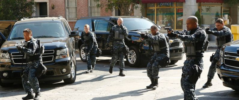 "MARVEL'S AGENTS OF S.H.I.E.L.D. - ""Laws of Nature"" - ""Marvel's Agents of S.H.I.E.L.D."" returns for an action-packed third season on TUESDAY, SEPTEMBER 29 (9:00-10:00 p.m., ET) on the ABC Television Network. On the season premiere episode, ""Laws of Nature,"" when Coulson and the team discover a new Inhuman, S.H.I.E.L.D. comes face to face with another organization searching for powered people. And still reeling from Simmons' dramatic disappearance, Fitz goes to extreme lengths to try to learn how to get her back. (ABC/Kelsey McNeal) MATTHEW WILLIG"