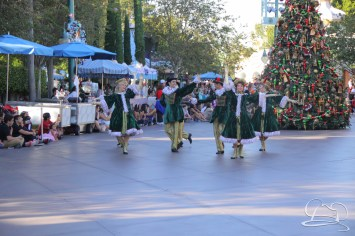 Christmas at Disneyland - November 8, 2015-98