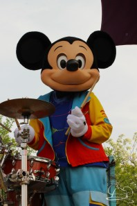 Soundsational Alice at the Disneyland Resort-8