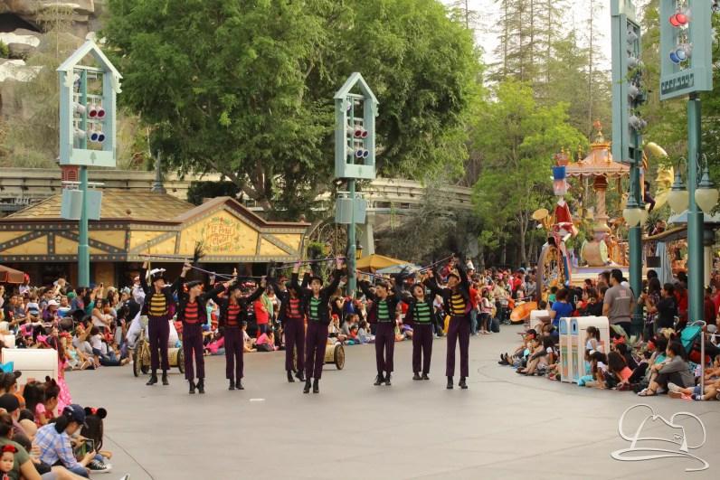 Soundsational Alice at the Disneyland Resort-86