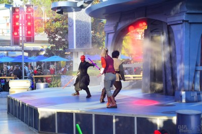 JediTrain_TomorrowlandTerrace
