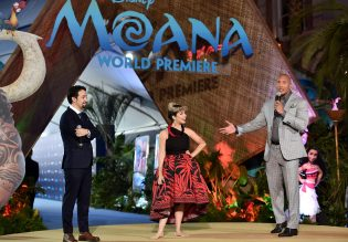 "HOLLYWOOD, CA - NOVEMBER 14: (L-R) Songwriter Lin-Manuel Miranda, actress Auli'i Cravalho and actor Dwayne Johnson speak onstage at The World Premiere of Disney's ""MOANA"" at the El Capitan Theatre on Monday, November 14, 2016 in Hollywood, CA. (Photo by Alberto E. Rodriguez/Getty Images for Disney) *** Local Caption *** Auli'i Cravalho; Dwayne Johnson; Lin-Manuel Miranda"