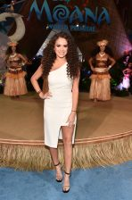 """HOLLYWOOD, CA - NOVEMBER 14: Actress Madison Pettis attends The World Premiere of Disney's """"MOANA"""" at the El Capitan Theatre on Monday, November 14, 2016 in Hollywood, CA. (Photo by Alberto E. Rodriguez/Getty Images for Disney) *** Local Caption *** Madison Pettis"""