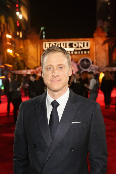 """HOLLYWOOD, CA - DECEMBER 10: Actor Alan Tudyk attends The World Premiere of Lucasfilm's highly anticipated, first-ever, standalone Star Wars adventure, """"Rogue One: A Star Wars Story"""" at the Pantages Theatre on December 10, 2016 in Hollywood, California. (Photo by Jesse Grant/Getty Images for Disney) *** Local Caption *** Alan Tudyk"""