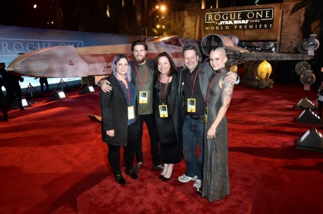 "HOLLYWOOD, CA - DECEMBER 10: Executive producer John Knoll (2nd R) and family attend The World Premiere of Lucasfilm's highly anticipated, first-ever, standalone Star Wars adventure, ""Rogue One: A Star Wars Story"" at the Pantages Theatre on December 10, 2016 in Hollywood, California. (Photo by Marc Flores/Getty Images for Disney) *** Local Caption *** John Knoll"