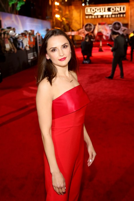 """HOLLYWOOD, CA - DECEMBER 10: Actress Rachael Leigh Cook attends The World Premiere of Lucasfilm's highly anticipated, first-ever, standalone Star Wars adventure, """"Rogue One: A Star Wars Story"""" at the Pantages Theatre on December 10, 2016 in Hollywood, California. (Photo by Jesse Grant/Getty Images for Disney) *** Local Caption *** Rachael Leigh Cook"""