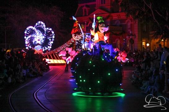 Disneyland Holidays Final Day-234
