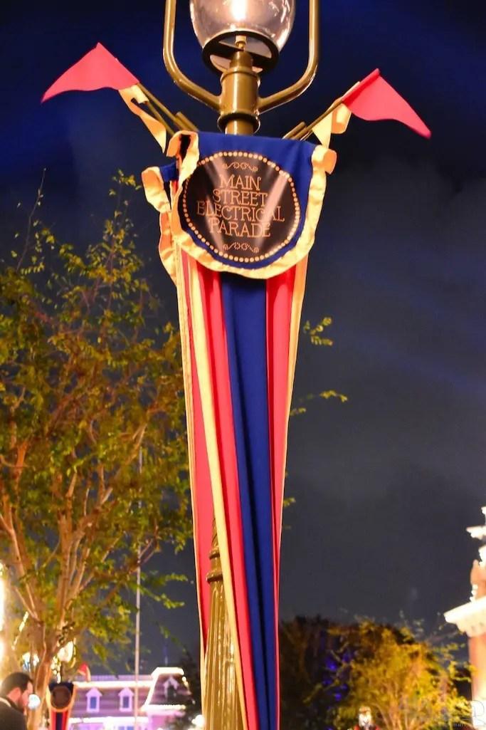 DisneylandElectricalParade 1
