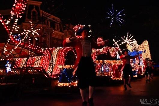 DisneylandElectricalParade 115