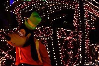 DisneylandElectricalParade 140