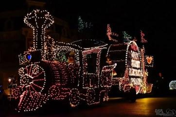 DisneylandElectricalParade 16