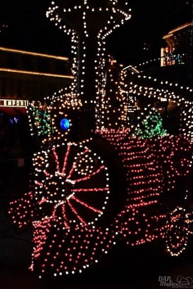 DisneylandElectricalParade 167