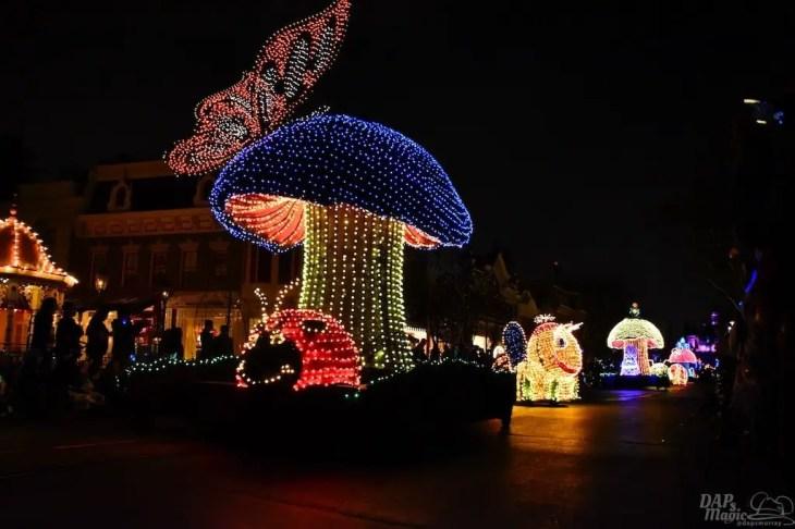 DisneylandElectricalParade 31