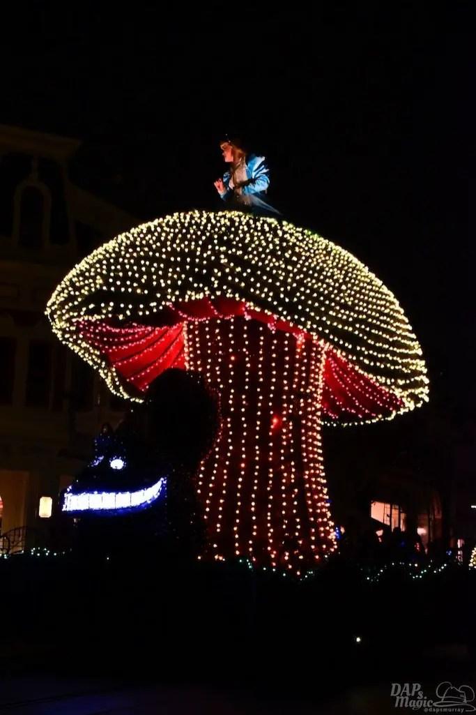 DisneylandElectricalParade 35