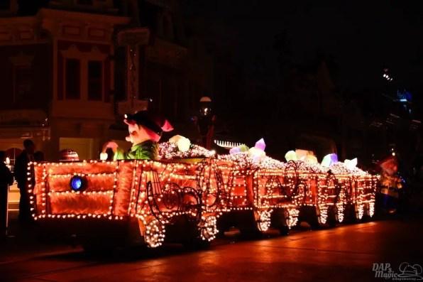 DisneylandElectricalParade 89