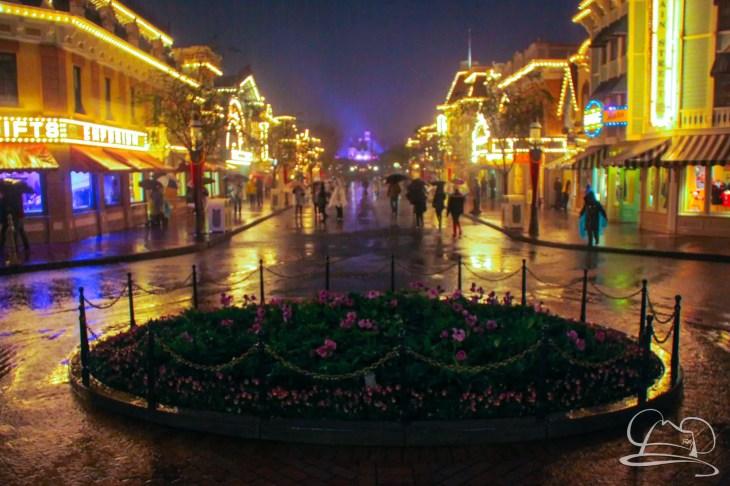 DisneylandResortRainyDay-141