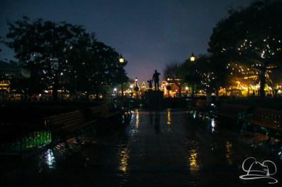 DisneylandResortRainyDay-159