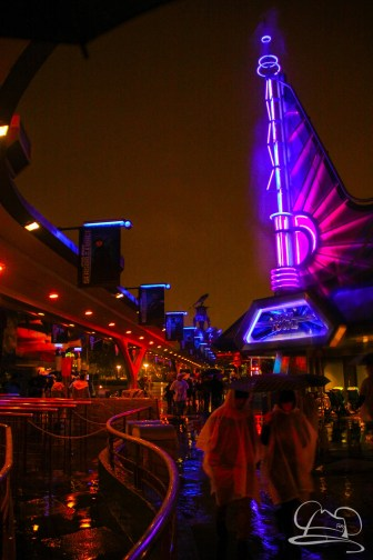 DisneylandResortRainyDay-163