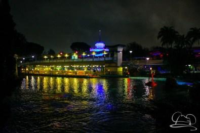 DisneylandResortRainyDay-170