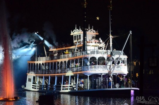 Mark Twain in Fantasmic! at Disneyland