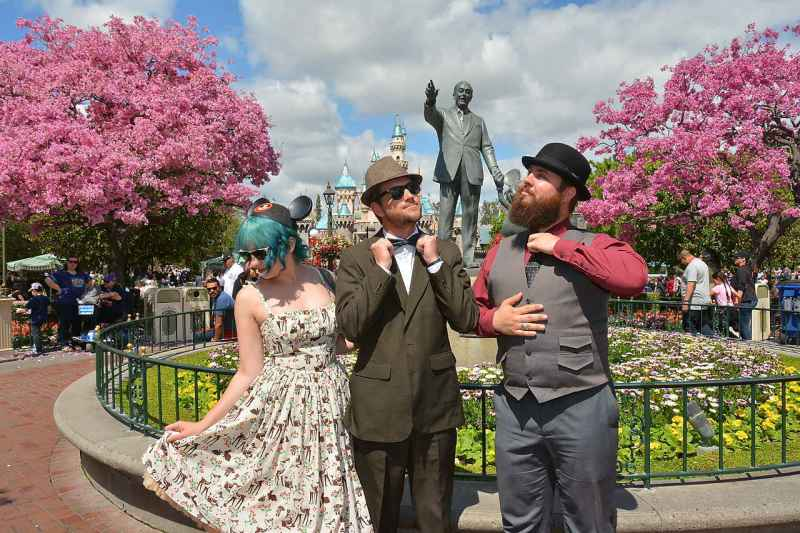 Dapper Day Tips