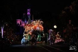 DisneylandMainStreetElectricalParade_45thAnniversary-28