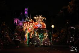 DisneylandMainStreetElectricalParade_45thAnniversary-29