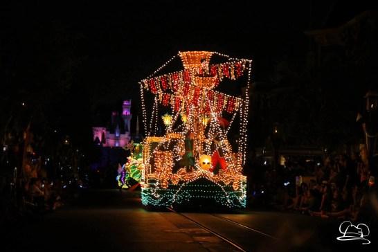 DisneylandMainStreetElectricalParade_45thAnniversary-43