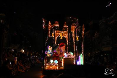 DisneylandMainStreetElectricalParade_45thAnniversary-54