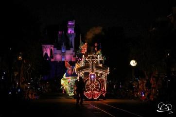 DisneylandMainStreetElectricalParade_45thAnniversary-7