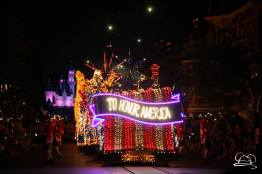 DisneylandMainStreetElectricalParade_45thAnniversary-73