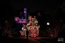 DisneylandMainStreetElectricalParade_45thAnniversary-8