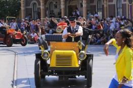 Disney_Descendants_Disneyland_Pre_Parade-18