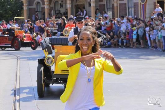 Disney_Descendants_Disneyland_Pre_Parade-20