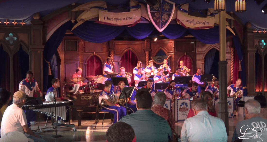 Steve Houghton & Disneyland Resort All-American College Band
