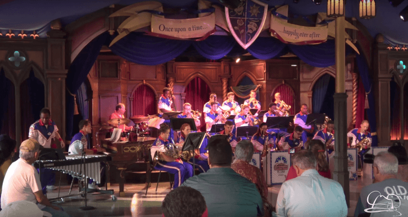 Steve Houghton & Disneyland Resort All-American College Band