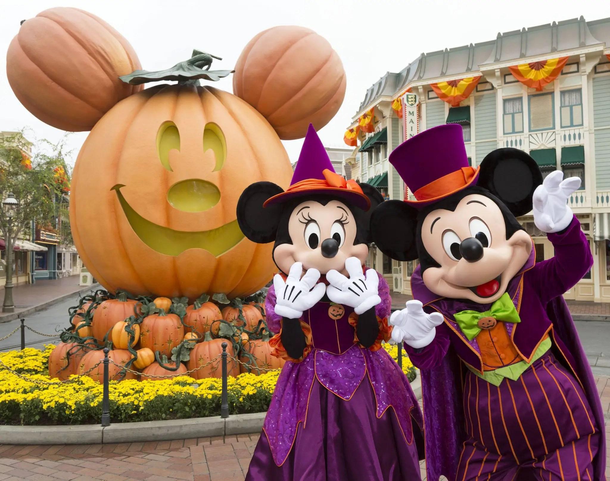 disneyland prepares for halloween time