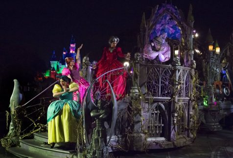 """FRIGHTFULLY FUN PARADE (ANAHEIM, Calif.) – Halloween Time at the Disneyland Resort gets spookier with the """"Frightfully Fun Parade"""" at Mickey's Halloween Party in Disneyland Park. Guests will see some of their favorite ghoulish villains and characters, including Jack Skellington, Dr. Facilier and the Hitchhiking Ghosts singing and dancing down Main Street, U.S.A. at this separate-ticket event. Mickey's Halloween Party runs for 14 select nights beginning Wednesday, Sept. 20, 2017. (Scott Brinegar/Disneyland Resort)"""