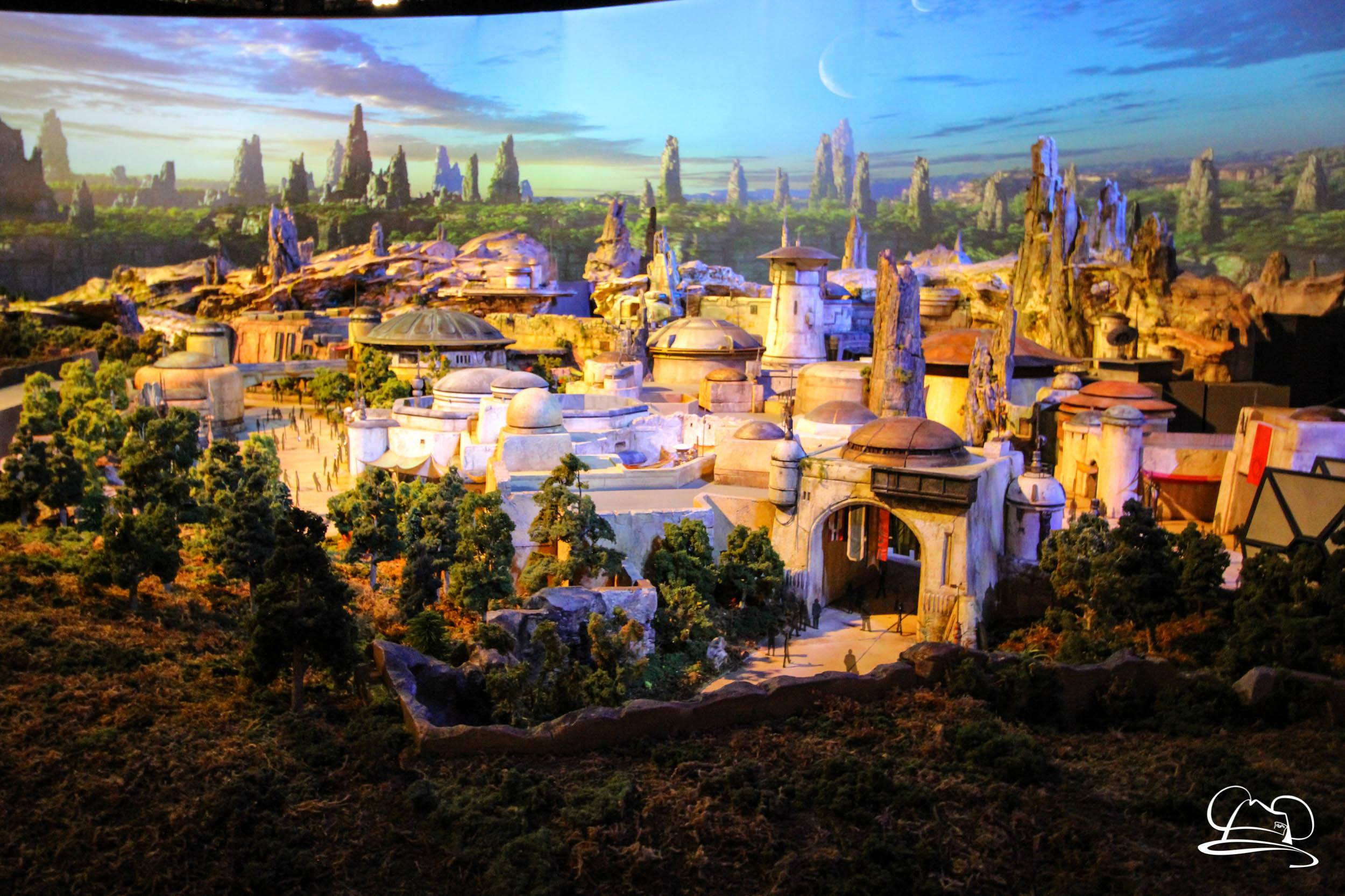 Star Wars: Galaxy's Edge to Open at Disneyland Resort Summer 2019 and Late Fall 2019 for Disney's Hollywood Studios
