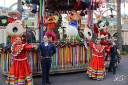 Disney ¡Viva Navidad! - Festival of Holidays - Disneyland Resort