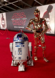 LOS ANGELES, CA - DECEMBER 09: R2-D2 (L) and C-3PO at Star Wars: The Last Jedi Premiere at The Shrine Auditorium on December 9, 2017 in Los Angeles, California. (Photo by Rich Polk/Getty Images for Disney) *** Local Caption *** R2-D2; C-3PO