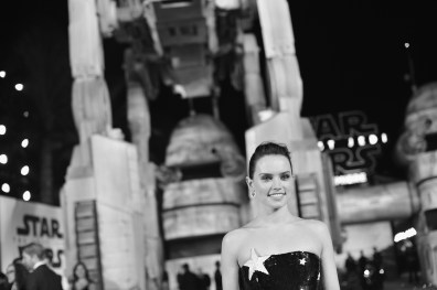 LOS ANGELES, CA - DECEMBER 09: (EDITOR NOTE: This image has been shot in black and white) Actor Daisy Ridley at Star Wars: The Last Jedi Premiere at The Shrine Auditorium on December 9, 2017 in Los Angeles, California. (Photo by Charley Gallay/Getty Images for for Disney) *** Local Caption *** Daisy Ridley
