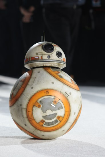 BB-8 arrives on the red carpet for the world premiere of LucasfilmÕs Star Wars: The Last Jedi at the Shrine Auditorium in Los Angeles, December 9, 2017. .(Photo: Alex J. Berliner / ABImages ).