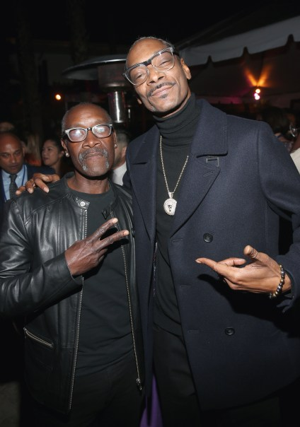 HOLLYWOOD, CA - JANUARY 29: Actor Don Cheadle (L) and rapper Snoop Dogg at the Los Angeles World Premiere of Marvel Studios' BLACK PANTHER at Dolby Theatre on January 29, 2018 in Hollywood, California. (Photo by Jesse Grant/Getty Images for Disney) *** Local Caption *** Don Cheadle; Snoop Dogg