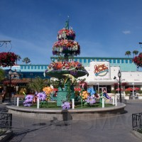Get a Virtual Knott's Berry Farm Visit With These Videos and Recipes