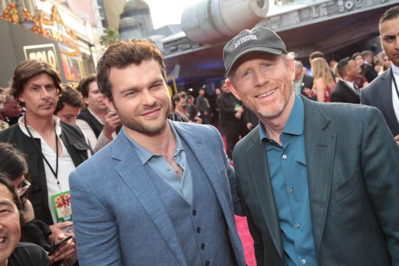"""Alden Enrenreich and Ron Howard pose together at the world premiere of """"Solo: A Star Wars Story"""" in Hollywood on May 10, 2018. (Photo: Alex J. Berliner/ABImages)"""