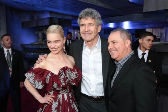 """Emilia Clarke, Alan Horn and Alan Bergman attend the world premiere of """"Solo: A Star Wars Story"""" in Hollywood on May 10, 2018. (Photo: Alex J. Berliner/ABImages)"""