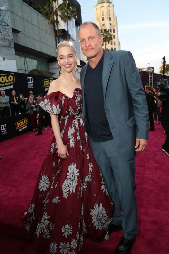 """Emilia Clarke and Woody Harrelson attend the world premiere of """"Solo: A Star Wars Story"""" in Hollywood on May 10, 2018. (Photo: Alex J. Berliner/ABImages)"""